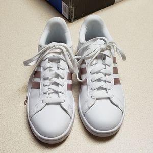 Adidas white rose gold comfort foam sneaker 10M